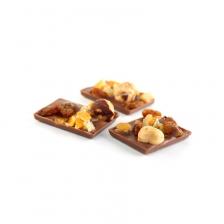 Mendiants aux fruits secs et chocolat